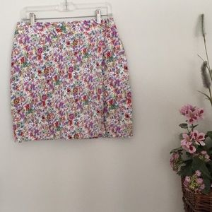 Kate Hill casual floral skort